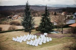 Intimno vjenčanje GoDji rasvjeta i DJ – Day weddings by Zahra 9